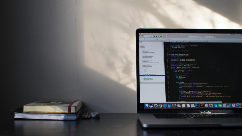 プログラミング初心者におすすめな独学勉強法