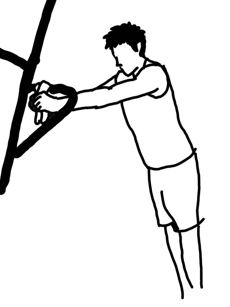チンニングスタンドで上腕三頭筋長頭を鍛える方法1